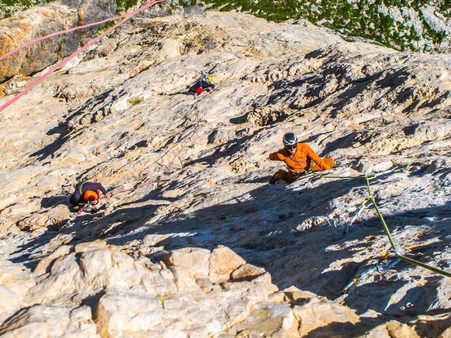 "Climbing ""c'est plus facile"" on Ra Gusela"