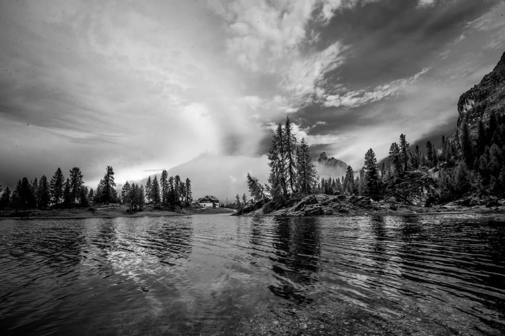 Becco di mezzodì and lago di federa at croda da lago