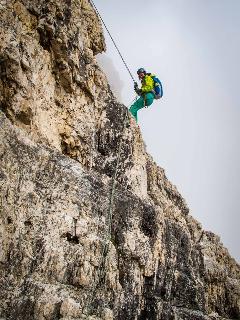 Rapelling from Cima Grande 3 Cime guide cortina