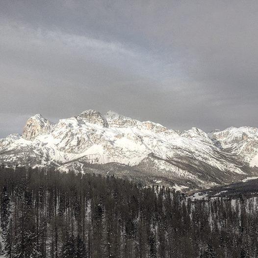Morning Snowboard in Flora
