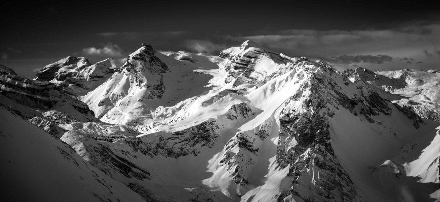 Cime di Fanes in bianco e nero: Conturines, Lavarella e Col Bechei.