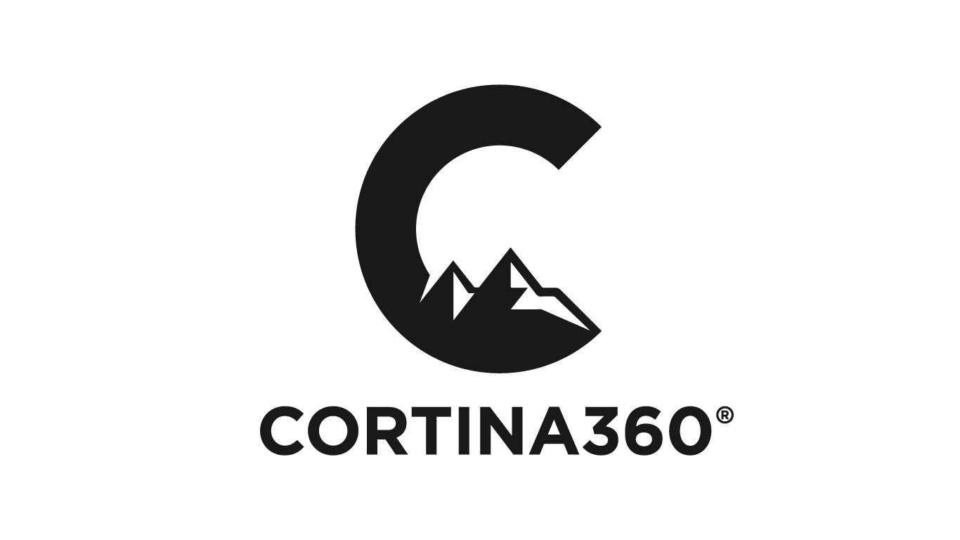 indoor climbing and mountain guides in cortina